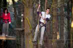 BE Adrenalin Forest person on ropes