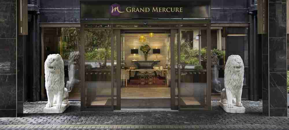 Grand Mercure entrance exterior