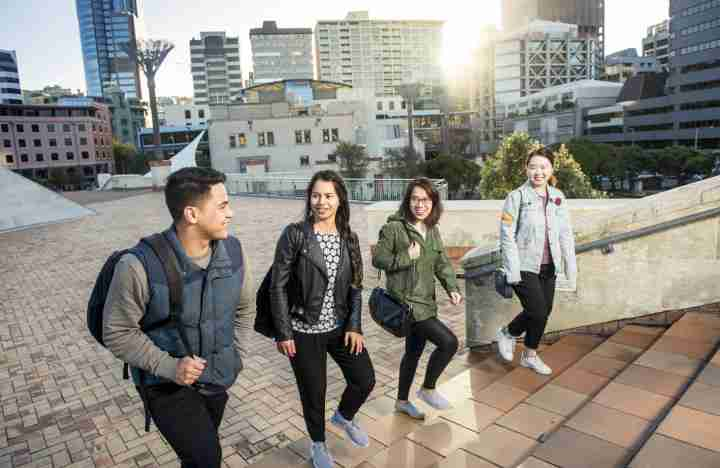 VUW students walking city to sea bridge